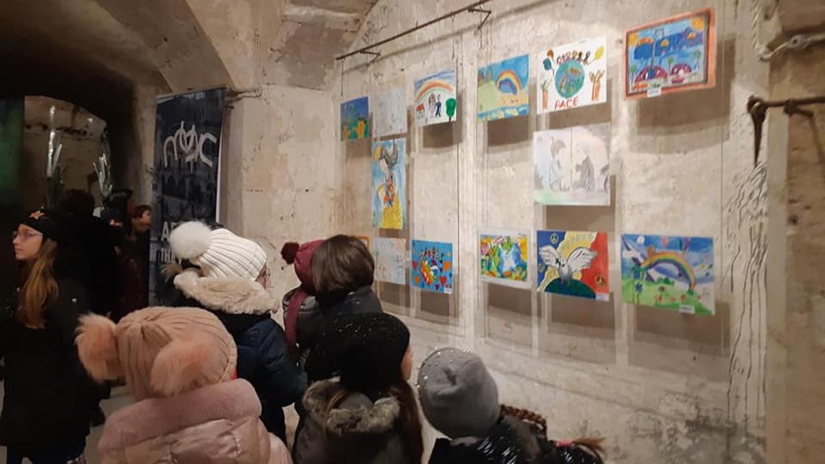 Dalla Versilia a Matera con 186mila disegni dei bambini di tutto il mondo