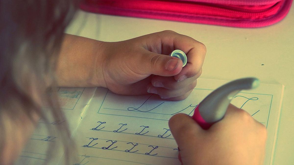 """""""Aiutami a fare da solo"""": il laboratorio didattico dedicato a bambini e ragazzi con Disturbi Specifici dell'Apprendimento (DSA) a Viareggio"""
